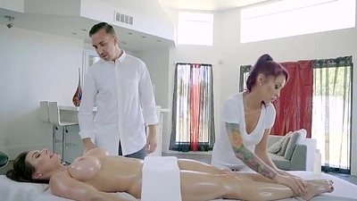 Kendra Lust, Monique Alexander - Threesome on the massage table - profapper.ca