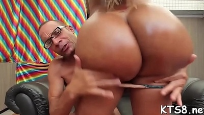 Tranny cowgirl lip-service live lacking in anal drilling