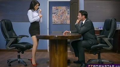 Sexy inventor Valentina Nappi fucks in the patent meeting