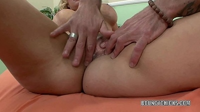 Flaxen-haired MILF Brooklyn Bailey gets bitchy with a big cock