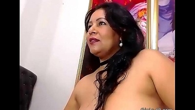 Hot Milf pleasuring her arse on touching a dildo - More on girls-69.com