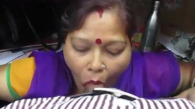 Aunty best sucking cock